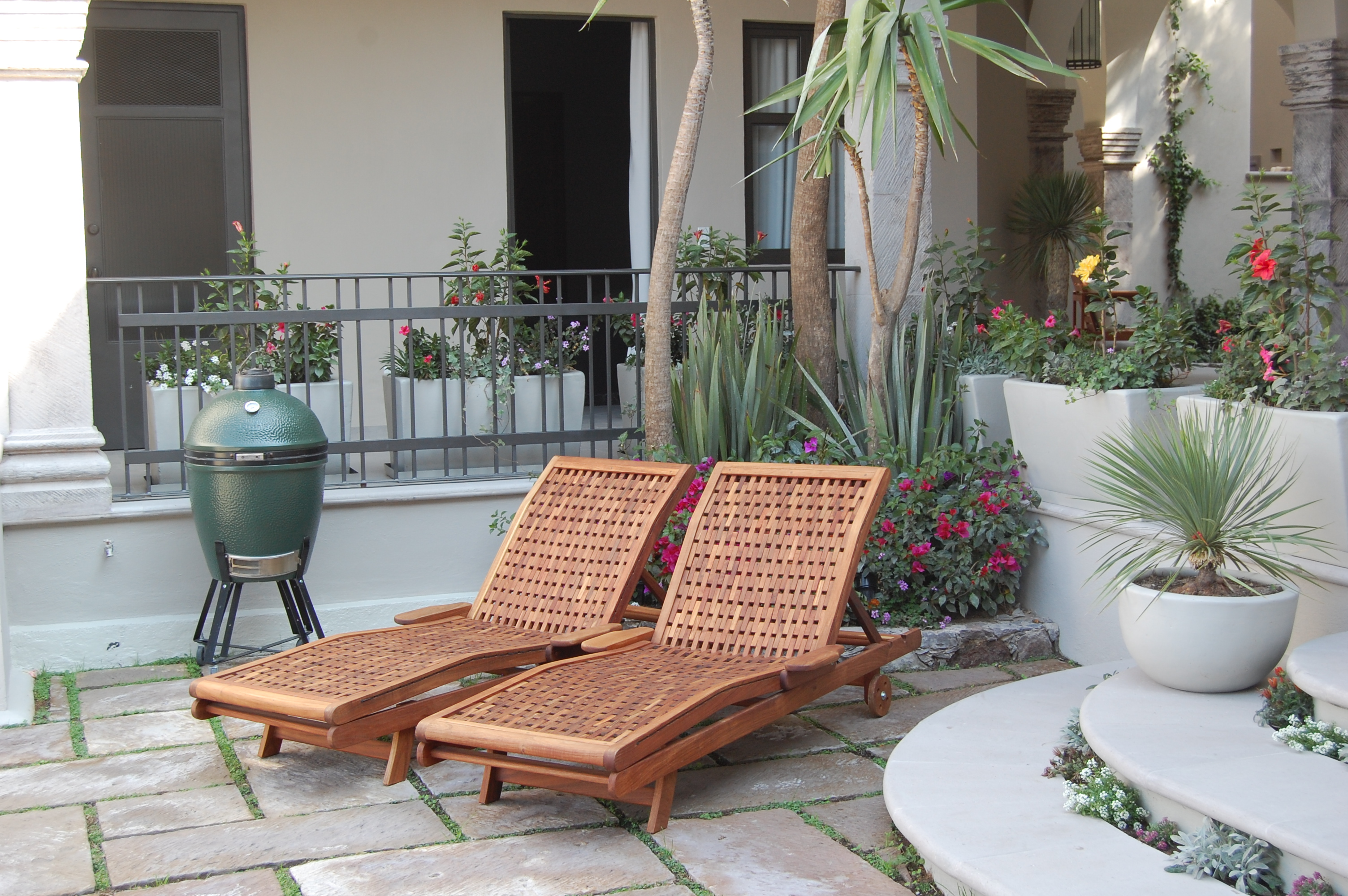 High End Lounge Chair RESTEN Outdoor Furniture